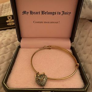 Juicy Couture - Bangle with Heart Charm